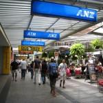 オーストラリアにはニュージーランドでおなじみのお店がたくさん!
