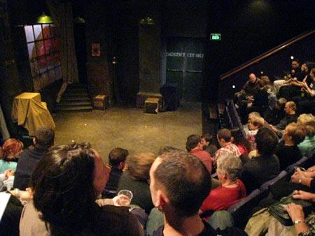 ニュージーランドの劇場で初めての観劇