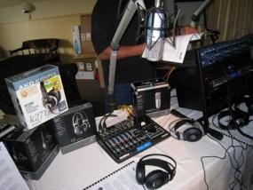 ラジオの機材 ニュージーランド