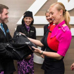 カンタス航空、ニュージーランド航空との賭けに負けて…