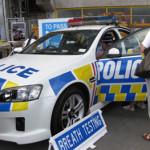 フレンドリーなニュージーランドの警察