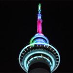 オークランドのスカイタワーの色