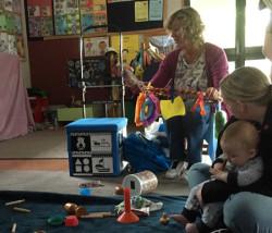 ニュージーランドの図書館 赤ちゃん
