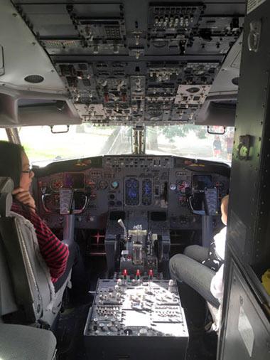 ニュージーランド航空 パイロット