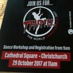 Christchurch大聖堂広場でハロウィン世界記録に挑戦