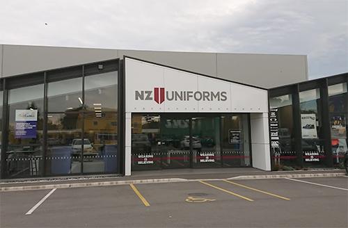 ニュージーランドの制服購入